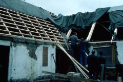 Palssonhuset-host-1985-presenningar